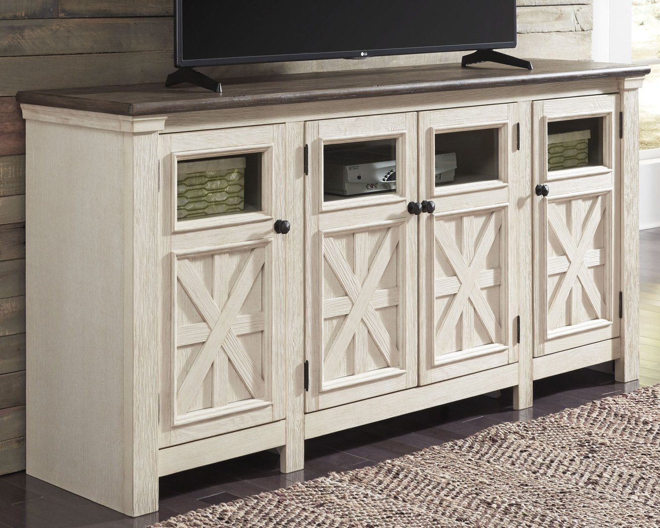 Bolanburg Signature Design by Ashley TV Stand