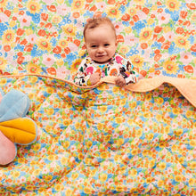 Load image into Gallery viewer, SPRING POLLEN BABY QUILTED COT BEDSPREAD