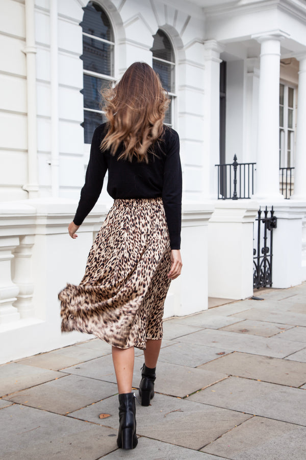 Classic Leopard Pleated Midi Skirt