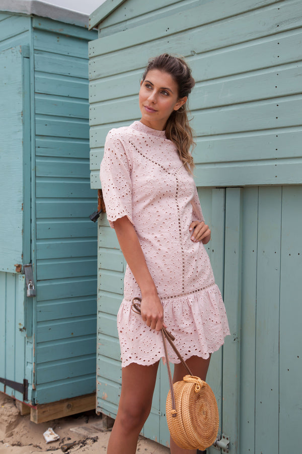 Broderie Short Sleeve Frill Dress in Dusky Pink