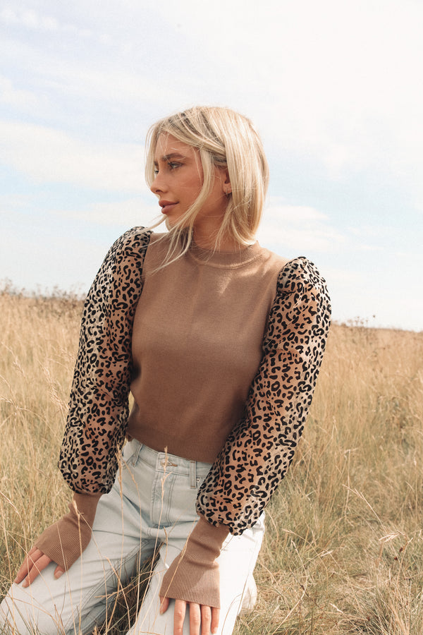 Leopard Puff Sleeve Knit Top in Camel