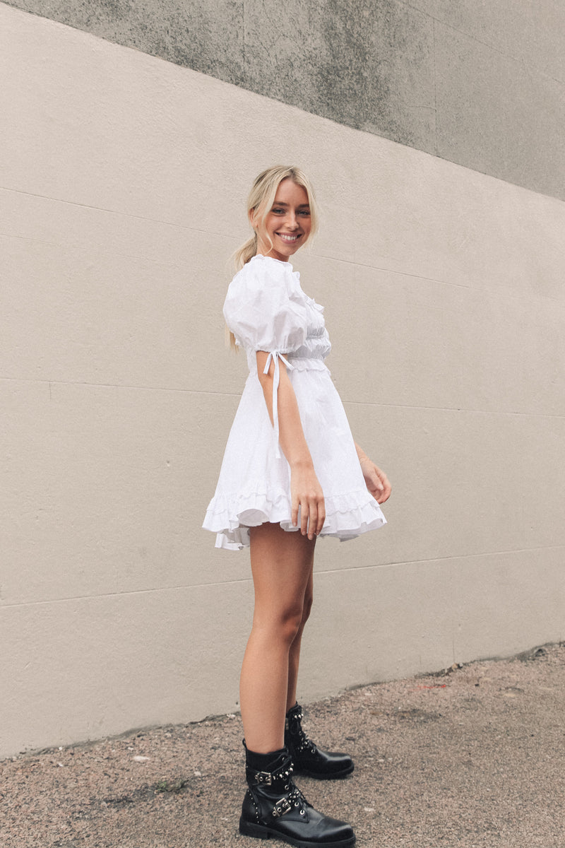 White Puff Sleeve Tea Dress
