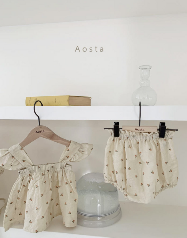 Minnie and Monty AOSTA De Arles Bloomer in Ivory/Floral Korean Baby Clothes Traditional Baby Clothes