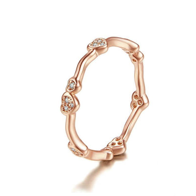 Thin heart stackable Ring in rose gold with cubic zirconia
