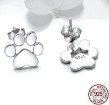 Load image into Gallery viewer, Stud paw earrings in silver
