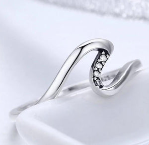Silver Geometric Wave Ring with Cubic Zirconia
