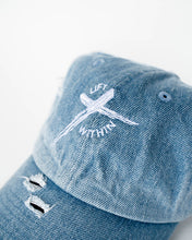 Load image into Gallery viewer, Denim LW Distressed Hat