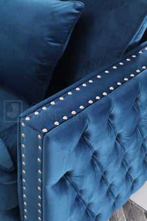 Wayhnit Tufted Sofa Set