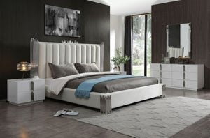 Tavi Modern Black & Gold Bedroom Set
