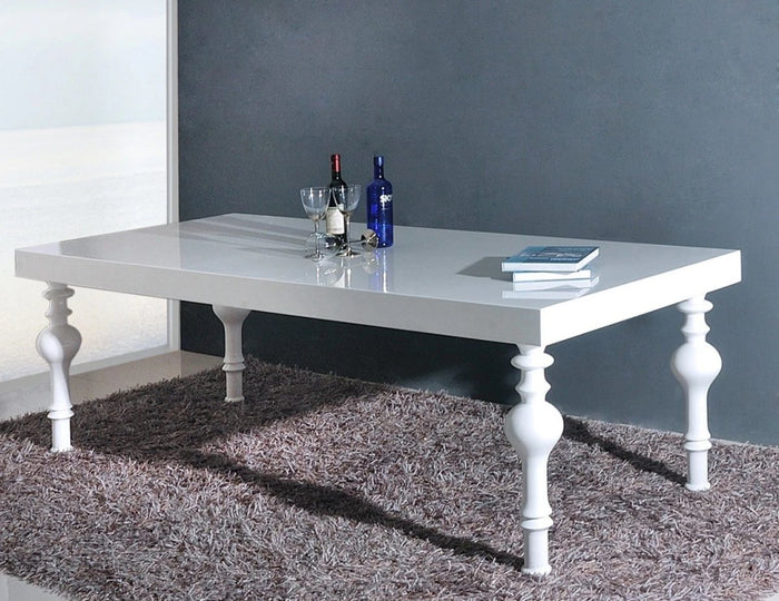 Nabi Dining Table