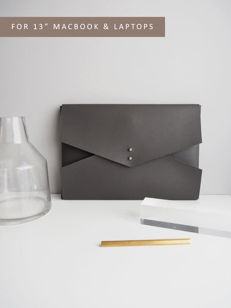 Wanderer Clutch for MacBook (Grey)