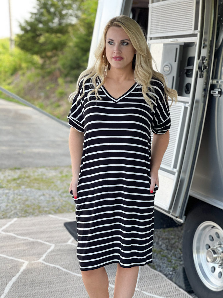 black/white striped dress C2
