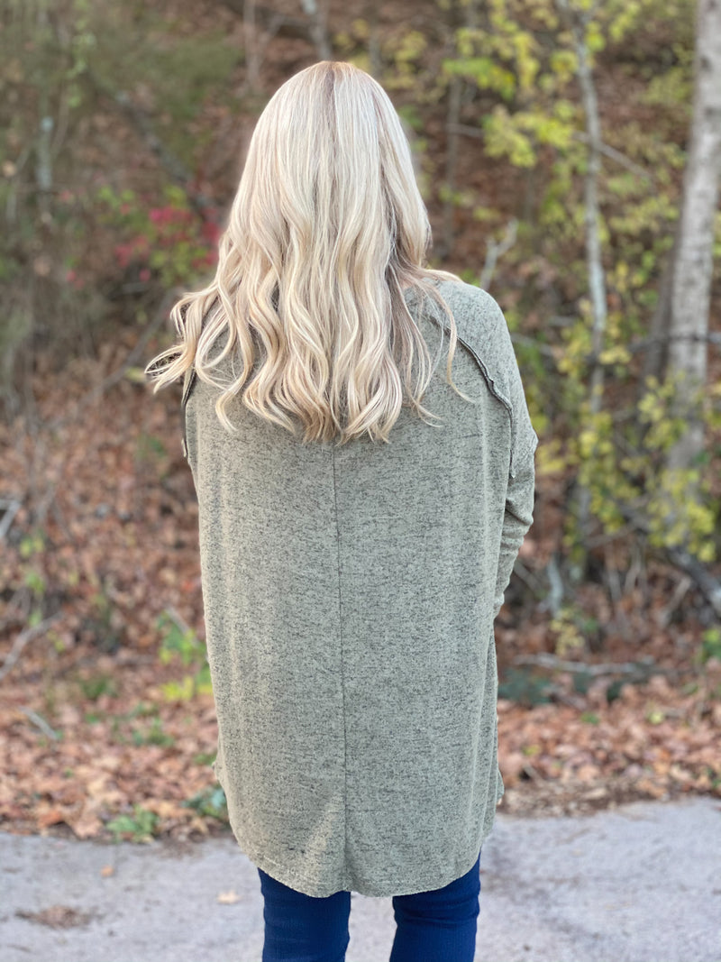olive heathered top X17