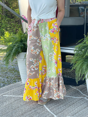 pieces floral ruffle pants M40