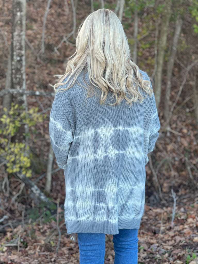 gray and white tie dye cardigan H14