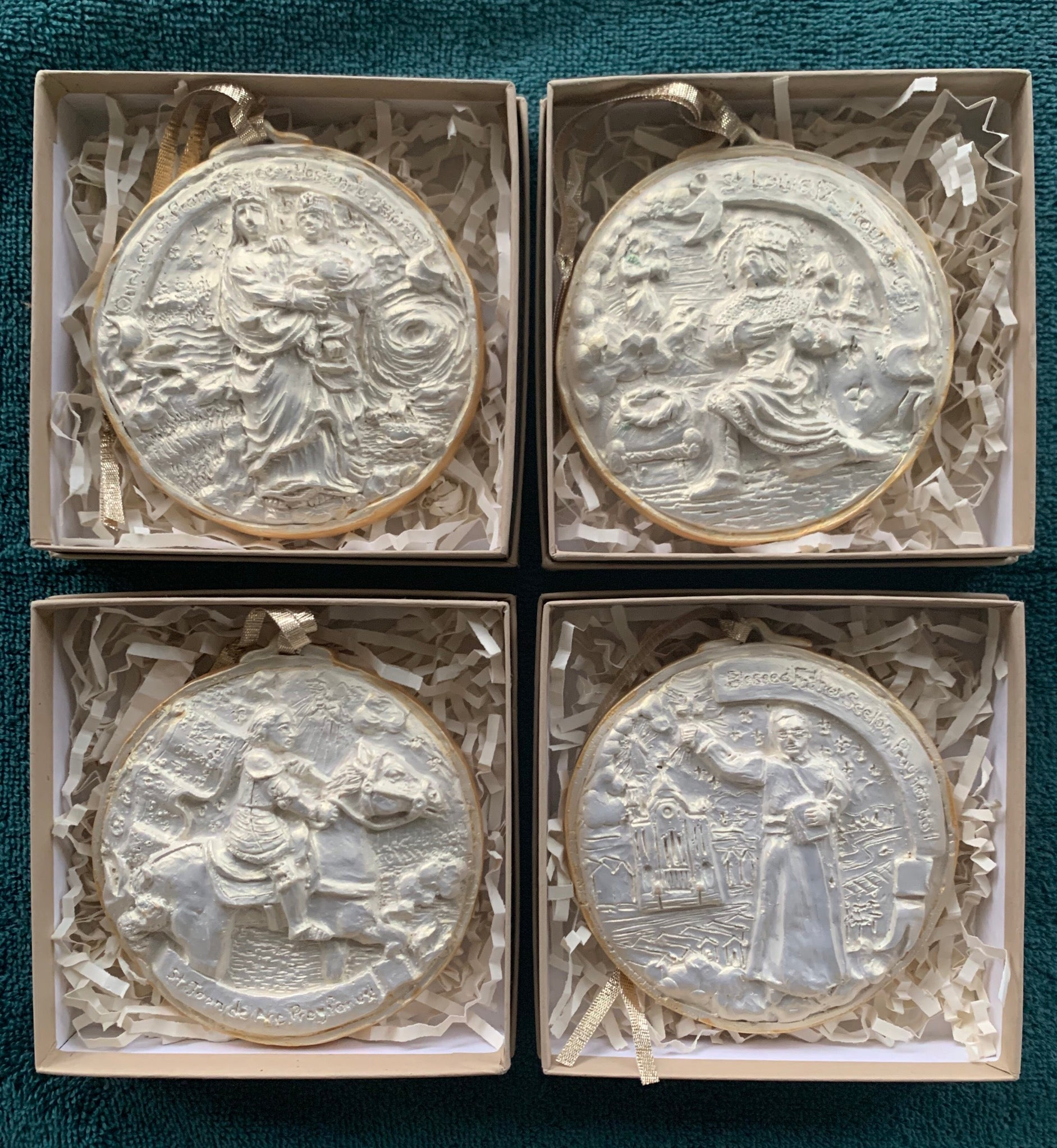 *NEW* 2020 Golden White Set of Four Louisiana Saints Ornaments