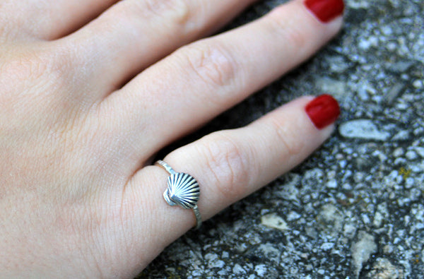 Sterling Silver Classy Shell Ring