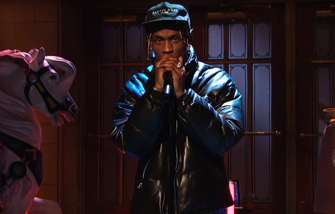 Travis Scott - SKELETONS / ASTROTHUNDER [Live on SNL]