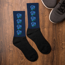 Load image into Gallery viewer, Blue Roses On Navy Socks