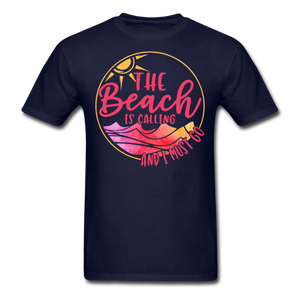 """The beach is calling and I must go"" Men's Tee Fruit of the Loom - navy"