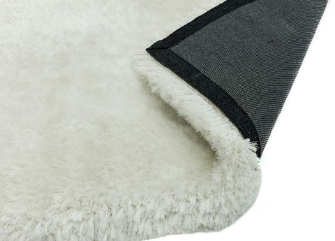 Image of Luxe vloerkleed Easy Living Plush Shaggy White hoek detail Vloerkledentrends hoogpolig tapijt wit