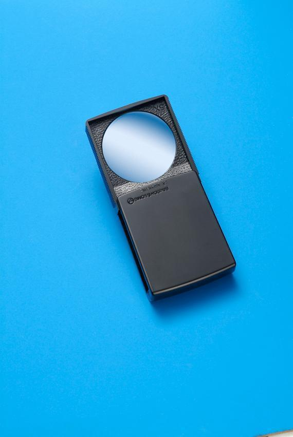BAUSCH & LOMB 20 DIOPTER 2' POCKET MAGNIFIER