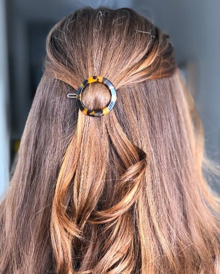 Tortoise Shell Circle Hair Clip