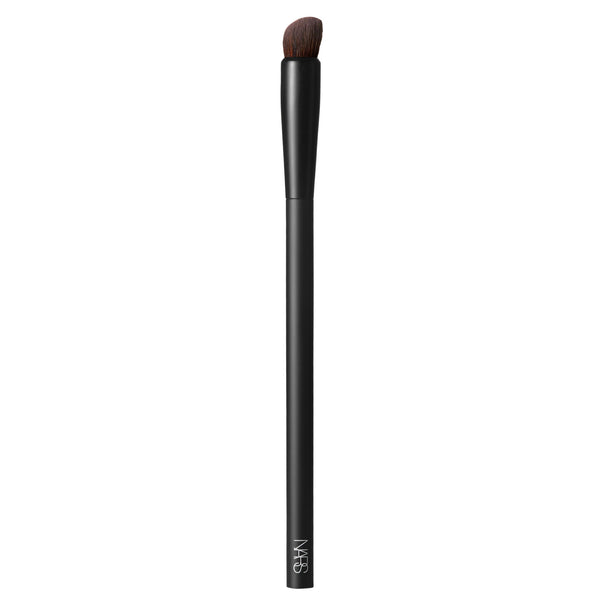 #24 High-Pigment Eyeshadow Brush