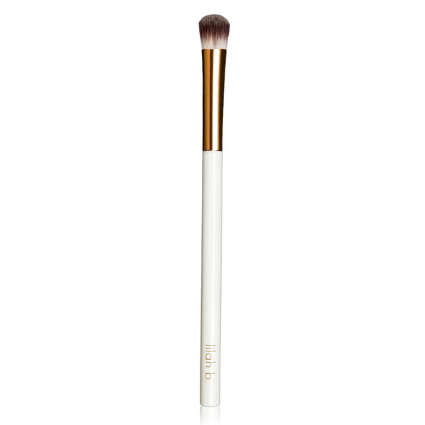 lilah b. #3 All Over Eyeshadow Brush