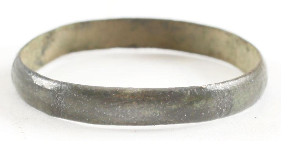 VIKING MAN'S WEDDING RING, 866-1067 AD SIZE 11. - Fagan Arms