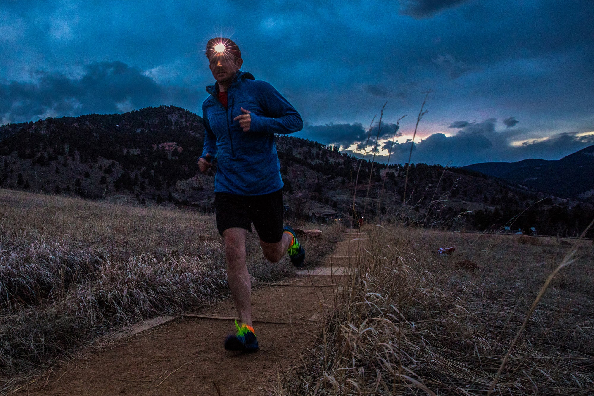 What to Use Instead of a Headlamp to Light Your Run