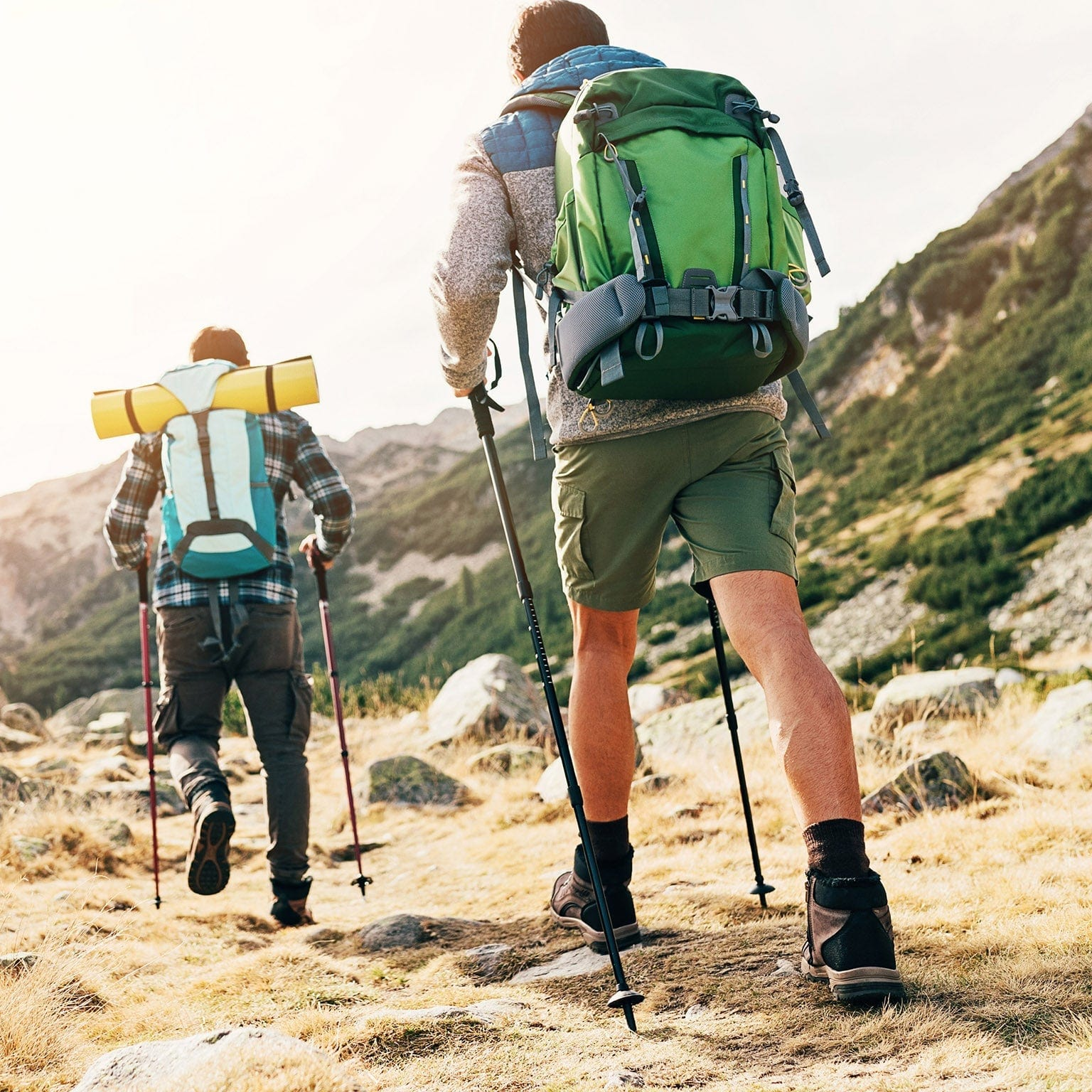 ECO FRIENDLY ACCESSORIES FOR HIKING