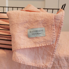 Load image into Gallery viewer, Linen towel Pink