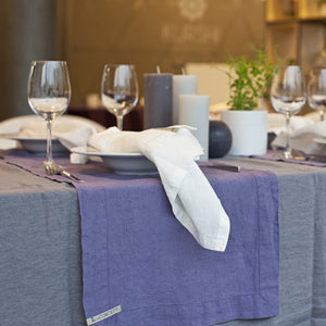 Linen table runner classic edition