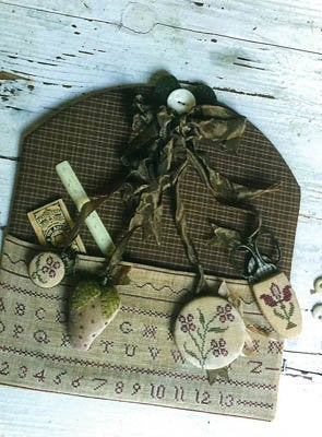 Redwork Stitching Pocket & Chatelaine | Stacy Nash Primitives | Cross Stitch Pattern