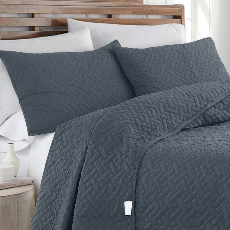 Day and Night Bedcover - Anthracite