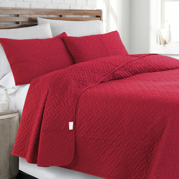 Day and Night Bedcover - Red
