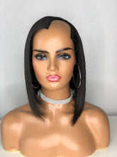 "Load image into Gallery viewer, Express Sew-In ""U-Part"" Bob Cut Wig"