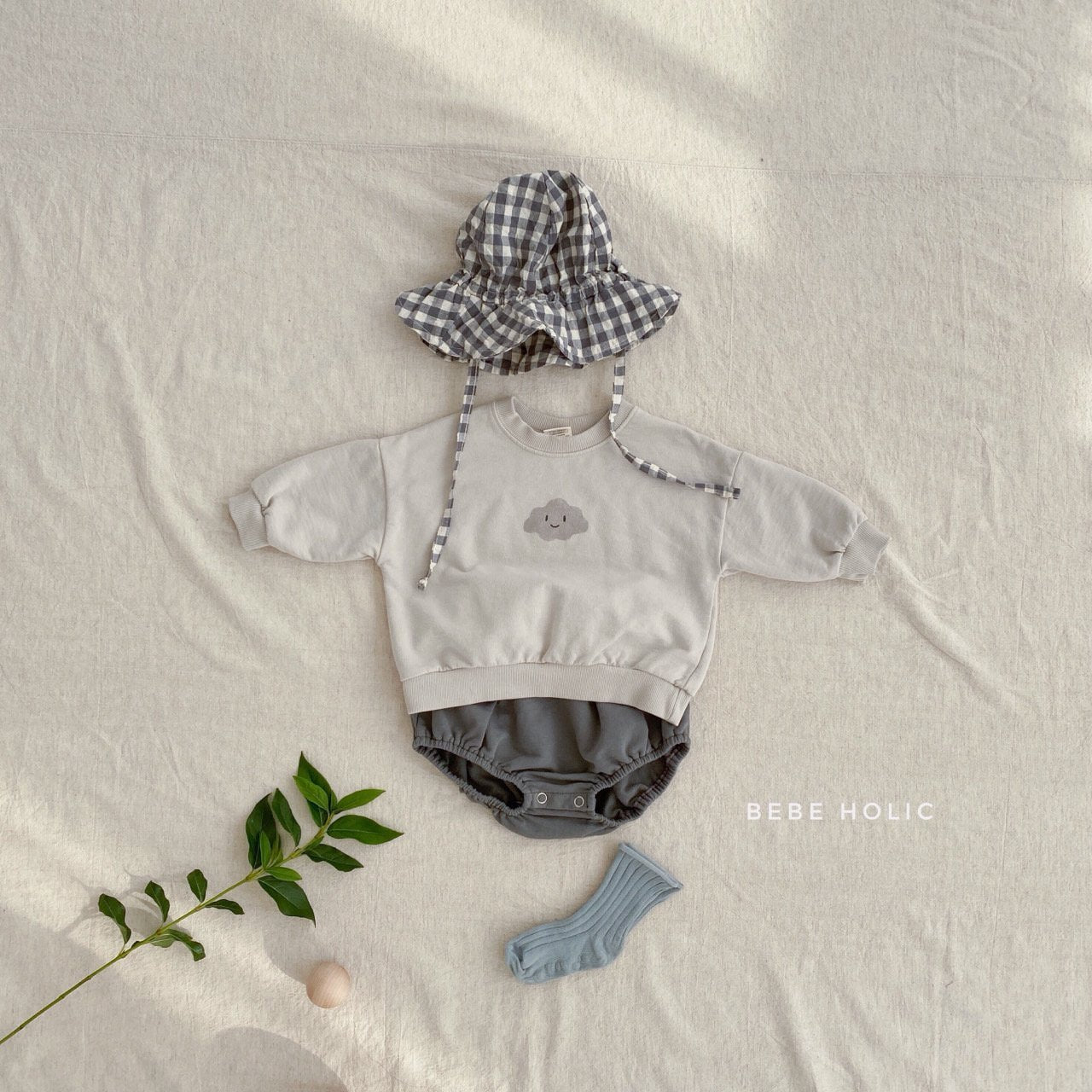 (Pre-Order) Cloud Top and Bottom Set