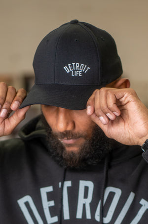 DETROIT LIFE FLEXFIT HAT