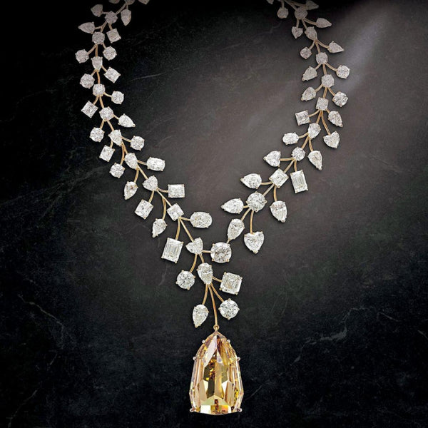 The L'Incomparable Necklace