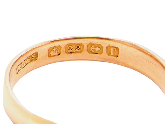 A 22 carat gold vintage D shaped wedding ring