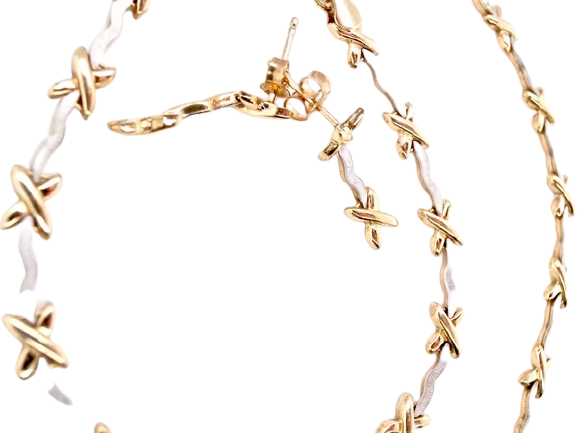 A 9 carat gold necklace bracelet and earring suite