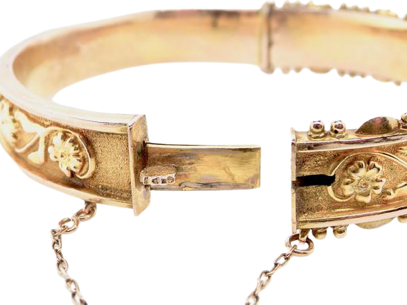 An attractive vintage 9 carat gold bangle