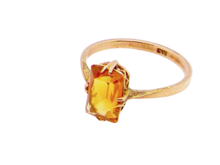 A single stone citrine dress ring