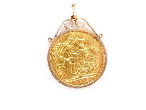 A 1911 full sovereign coin in a pendant mount