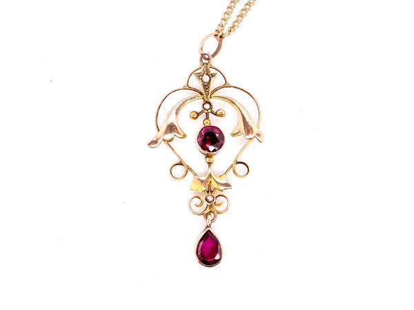 A Victorian garnet and pearl pendant
