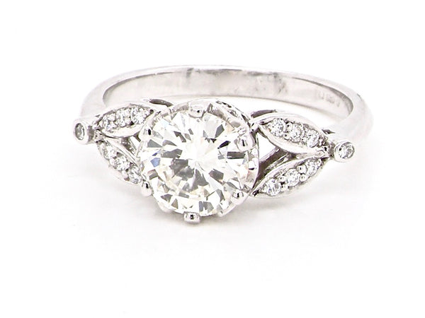 A one carat diamond solitaire ring