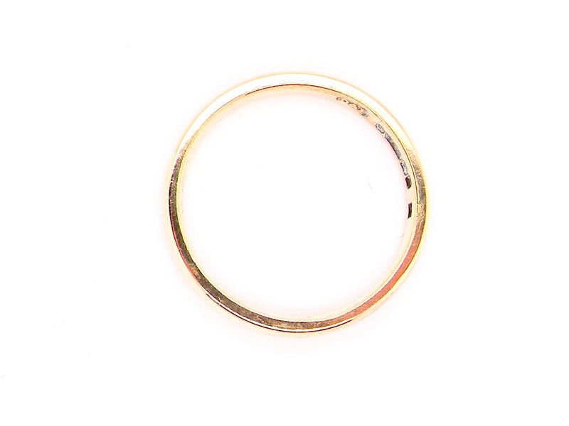 A WW2 plain 9 carat gold wedding ring *RESERVED*