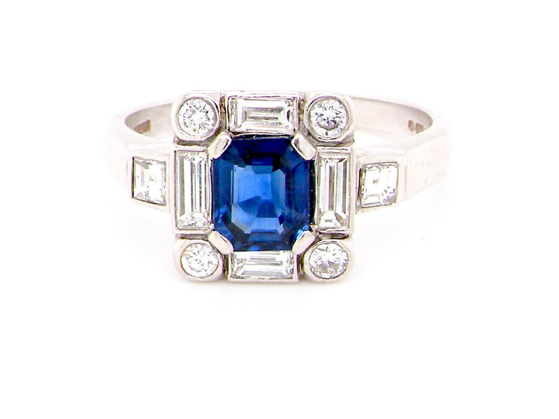 A fine 18 carat white gold Tom O'Donoghue sapphire and diamond ring